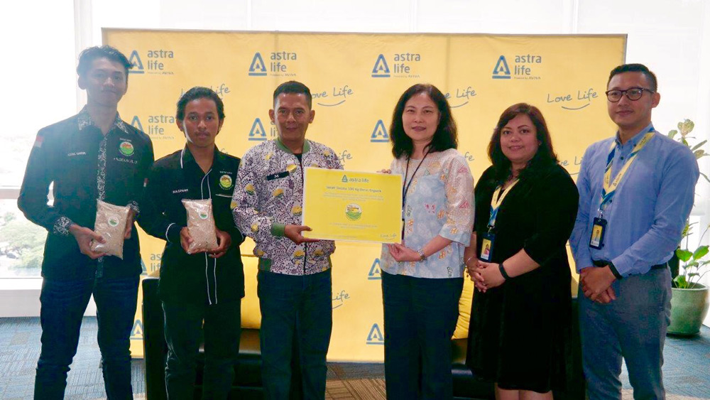 BERAS ORGANIK PERSEMBAHAN ASTRA LIFE &  THE LEARNING FARM (TLF)